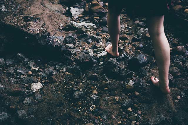Bare feet through mud and what it has to do with washing feet in the Bible